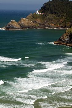 Professional stock photos of Heceta Head Lighthouse, Oregon Coast Places To Travel, Places To See, Wonderful Places, Beautiful Places, Oregon Travel, Oregon Coast, Beautiful Landscapes, Wonders Of The World, State Parks