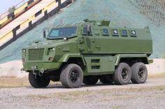 Новый бронеавтомобиль КрАЗ-6322 Fiona (6х6) Army Vehicles, Armored Vehicles, Off Road Tires, Armored Truck, Bug Out Vehicle, Heavy Truck, Big Trucks, Military Aircraft, Monster Trucks