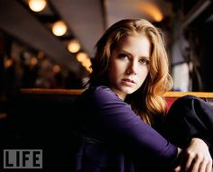 Amy Adams-Absolutely striking!