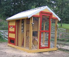 Raising chickens in your backyard in a build your own chicken coop is the best way to get fresh organic eggs. Many people that are looking to raise chickens search for a small or medium sized chicken coop design to Chicken Roost, Easy Chicken Coop, Chicken Coop Designs, Chicken Coop Plans, Building A Chicken Coop, Chicken Coup, Types Of Chickens, Keeping Chickens, Pet Chickens