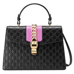 Sylvie Gucci Signature Bag Gucci Source: http://www.closetonthego.com/e-shop-product/207255/sylvie-gucci-signature-bag/ © Closet On The Go