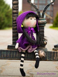 Iris flower Doll  - pdf crochet pattern.