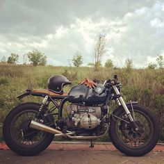 Spring rain in Madrid... Love it!! #crd61 by @caferacerdreams #motorcycle…