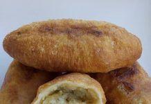 Αφράτα, λαχταριστά Πιροσκί πατάτας με ωραίο χρυσαφένιο χρώμα! Bread, Party, Recipes, Food, Eten, Recipies, Ripped Recipes, Receptions, Bakeries