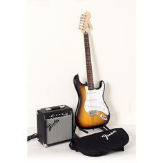 Squier Affinity Stratocaster Electric Guitar Pack w/ 10G Amplifier Brown Sunburst 190839091130