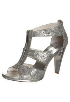 BERKLEY - Sandaalit nilkkaremmillä - silver glitter Glitter Sandals, Court Shoes, Silver Glitter, Mary Janes, Heeled Mules, Flats, Heels, Armoire, Prom