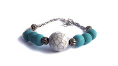 Biscay blue and howlite with chain and adjustable clasp. For price visit website. Visit Website, Wooden Jewelry, Beaded Bracelets, Chain, Blue, Art, Art Background, Pearl Bracelets, Kunst