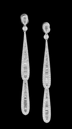 Lot: Diamond Dangle Earrings, Lot Number: 0294, Starting Bid: $5,500, Auctioneer: New Orleans Auction Galleries, Auction: Fine Jewelry, Furs & Accessories      , Date: November 18th, 2017 CET