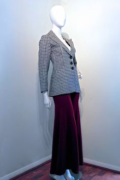 Vintage 1970s FORTIES REVIVIAL Fitted by VicAndBertieVintage