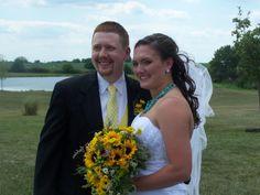 Outside wedding at Mellon's