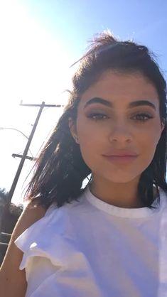 Kylie Jenner @angiiemedina