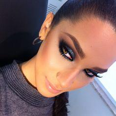 Makeup by me #alcantaramakeup #vegas_nay #anastasiabeverlyhills #makeupartist #makeup #eyeslash #eyes