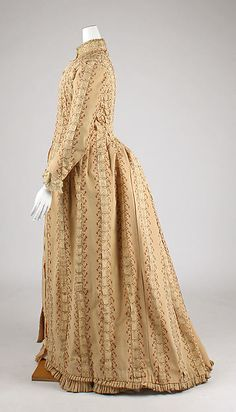 Tea gown (image 2) | House of Worth | French | 1880 | silk | Metropolitan Museum of Art | Accession #: 1981.49.5