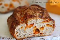 Pan casero de queso cheddar