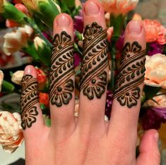 Latest Henna Designs, Floral Henna Designs, Mehndi Designs Book, Finger Henna Designs, Mehndi Designs For Girls, Arabic Henna Designs, Stylish Mehndi Designs, Mehndi Designs For Fingers, Mehndi Patterns