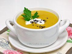 Crema de lentejas rojas Tea Cups, Menu, Vegan, Tableware, Kitchen, Spice, Cooking Recipes, Dishes, Menu Board Design