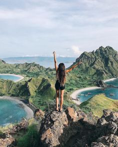Travel Goals Italy - - Travel India Women - - Italy Travel Destinations - Travel Alone Boy Places To Travel, Travel Destinations, Places To Go, Travel Pictures, Travel Photos, Photos Voyages, Foto Pose, Jolie Photo, Travel Aesthetic