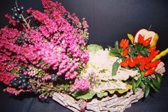 Detox and Nutrition Conference floral design with white cabbage and orange pepper by Atelier Floristic Aleksandra concept Alexandra Crisan