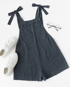 Shop Self Tie Raw Hem Pinafore Romper online. SheIn offers Self Tie Raw Hem Pinafore Romper & more to fit your fashionable needs. Source by malderav Look Fashion, Fashion Outfits, Womens Fashion, Fashion Trends, Fashion Goth, Spring Fashion, Fashion Ideas, Mode Inspiration, Mode Style