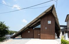 folded roof protects rain shelter house by y+M design office