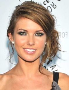 side updos for long hair - http://www.gohairstyles.net/side-updos-for-long-hair-2/
