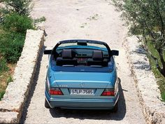 The pure cabriolet. A slow, spacey summer room for you and your friends: MERCEDES BENZ E Cabriolet W124. Can't get any better. #MERCEDESBENZ #W124 #KhaValeri http://www.pinterest.com/KhaValeri/