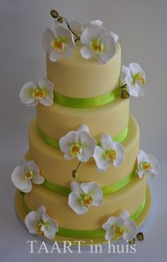 weddingcake with orchids By TaartinHuis on CakeCentral.com