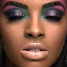 Looks so airbrushed and perfect. I wish all make up looked this flawless!