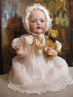 Antique Clothing, Antique Toys, Baby Girl Dolls, Bear Doll, Old Dolls, Hello Dolly, Doll Accessories, Vintage Dolls, Beautiful Dolls