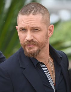 Celebrities - Tom Hardy Photos collection You can visit our site to see other photos. Buzz Cut For Men, Tom Hardy Mad Max, Tom Hardy Variations, Tom Hardy Photos, Long Beard Styles, Tapered Hair, Ginger Men, Christopher Nolan, Crew Cuts