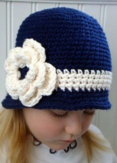 Ideas For Crochet Kids Hats Girls Bows Crochet Hat For Women, Crochet Kids Hats, Crochet Beanie Hat, Knitted Hats, Crochet Baby Bonnet, Crochet Cap, Hand Crochet, Girl Crochet Hat, Crochet Girls