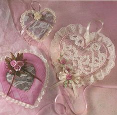 Lace hearts - sweet little craft tutorial for 3 different lacy hearts, one filled with potpourri. Shabby chic, decorating, Valentine's Day