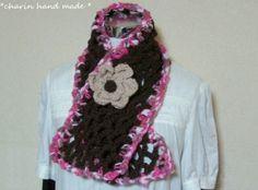 * Charin Hand made *茶色とピンクのマフラー/お花のコサージュつき
