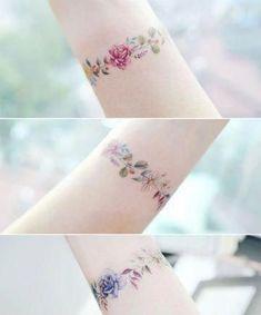 19 Rose Tattoos That Are Anything But Cliché wrist tattoo girls Dainty Tattoos, Mini Tattoos, Cute Tattoos, Body Art Tattoos, Small Tattoos, Tatoos, Arrow Tattoos, Word Tattoos, Pretty Flower Tattoos