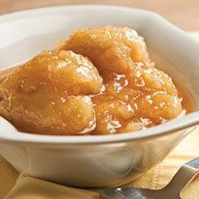 Recette classique de grands-pères cuits dans le sirop d'érable. Un dessert digne des célèbres cabanes à sucre du Québec.