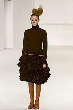 Chalayan Fall 2000 Ready-to-Wear Fashion Show