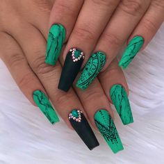 Nails by Thalya! #702nails #vegasnails #lasvegasnails #lvnails #nailslv #nails702