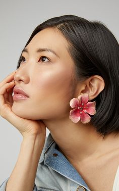 Make a statement in Jennifer Behr's oversized 'Malia' earrings. The hand-painted earrings feature a crystal-embellished hibiscus flower rendered in gold-tone brass. Pair the earrings with a tonal pink… Diy Clay Earrings, Big Earrings, Polymer Clay Jewelry, Flower Earrings, Crystal Earrings, Earrings Handmade, Handmade Jewelry, Diamond Earrings, Tassel Earrings