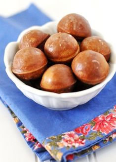Apple Cider Donut Holes In A Cake Pop Maker From