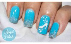 Inspired by the Disney classic 🙂 Link (in German) with tutorial and video: www…. Inspired by the Disney classic 🙂 Link (in German) with tutorial and video: www.d… – Nailpolis: Museum of Nail Art Disney World Nails, Disney Manicure, Nail Manicure, Disney Nail Designs, Nail Art Designs, Nails Design, Diy Nails, Cute Nails, Simple Disney Nails