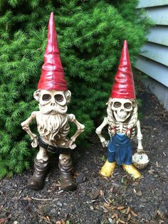 What are the best lawn ornaments you've ever seen