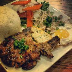 Vietnamese cuisine -broken rice dish