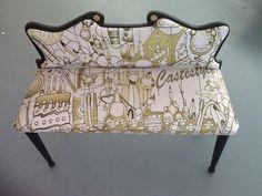 Divanetto Bambole - Doll Loveseat , un divanetto di piccole dimensioni  , ideale per la camera dei bambini disegnato da Simone Lucchesi per Castèstyle. Contattaci per comprarlo ad un prezzo promozionale castestyle@gmail.com