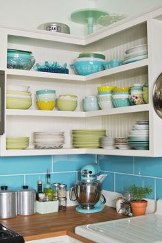 This Cheerful Kitchen Makeover Will Have You Pining for Spring  - CountryLiving.com