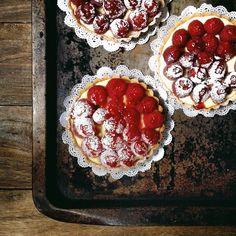 Tarte Framboises (Raspberry Tartlets)