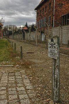 Auschwitz-Birkenau - Oświęcim-Brzezinka - Poland NIEMIECKI nazistowski obóz koncentracyjny i zagłady Auschwitz german concentration camp - Poland Konzentrationslager Auschwitz Auschwitz Memorial / Muzeum Auschwitz