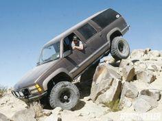 inconspicuous gmc Suburban Rock Crawling Photo 36040612