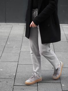 OUTFIT | GREY CREEPERS | llittleblonde