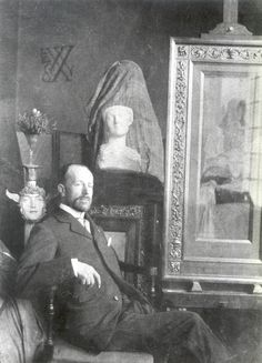 """by Maria Golovteeva, University of St Andrews Belgian poet Emile Verhaeren described the artworks of his compatriot, symbolist artist Fernand Khnopff, as """"suggestions of thought"""" due to their visio…"""
