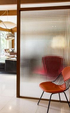 90 Luxury Room Divider Ideas for Small Spaces - Page 53 of 101 Glass Room Divider, Living Room Divider, Diy Room Divider, Room Divider Walls, Room Divider Screen, Small Living Room Design, Small Living Rooms, Living Room Designs, Room Deviders